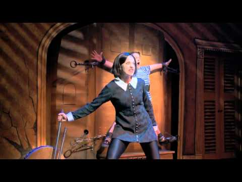 The Addams Family on Tour- Pulled