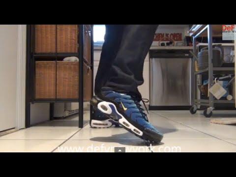 buy online df4e2 7206c LIVE! Nike Air Max Plus Hyperblue 2013 Retro - YouTube