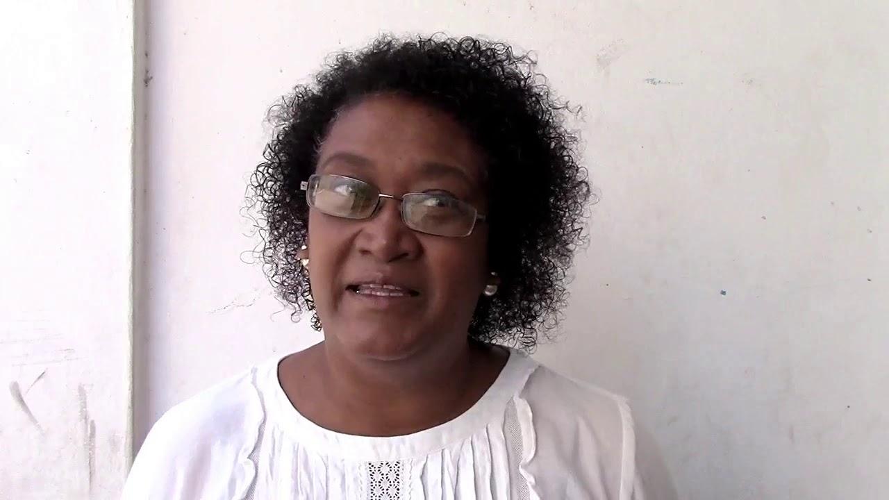 Maurice Info - Une actualité par heure - Interview minute de Marie Noelle Elissac- Foy