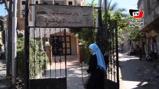 دار المناسبات.. مأوى سكان عقار «سوق السلاح»