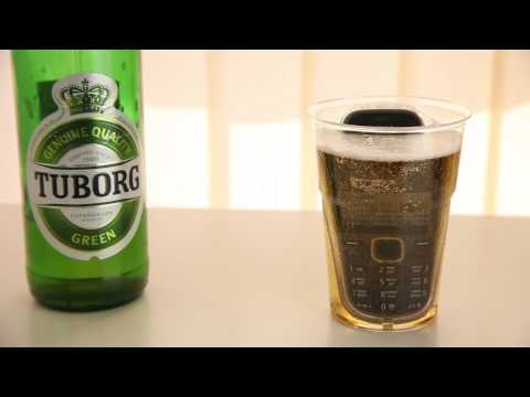 Nokia 3720 classic beer and water test
