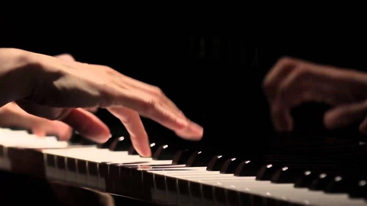 'I Play Yamaha'- Hiromi