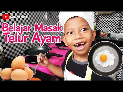 Denis Belajar Masak Telur Dadar Dan Siapin Sarapan Sendiri - Belajar Masak Sendiri