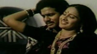 Bharyaa Bhartala Bhagotam Movie Songs | Guvva Muddulivvaa | Rajendra Prasad | Aswini