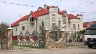 Нижняя Апша, что в Закарпатье, самое богатое село Украины(Село Нижняя Апша, что в Закарпатье, называют самым богатым селом Украины. Все потому, что дома в нем не обычн..., 2016-03-23T17:38:26.000Z)