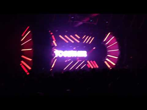 Слушать Halsey - Hurricane (Arty Remix)Live at
