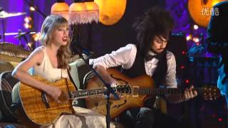 "Taylor Swift Performs ""Eyes Open""  Live at the VH1 Storytellers"