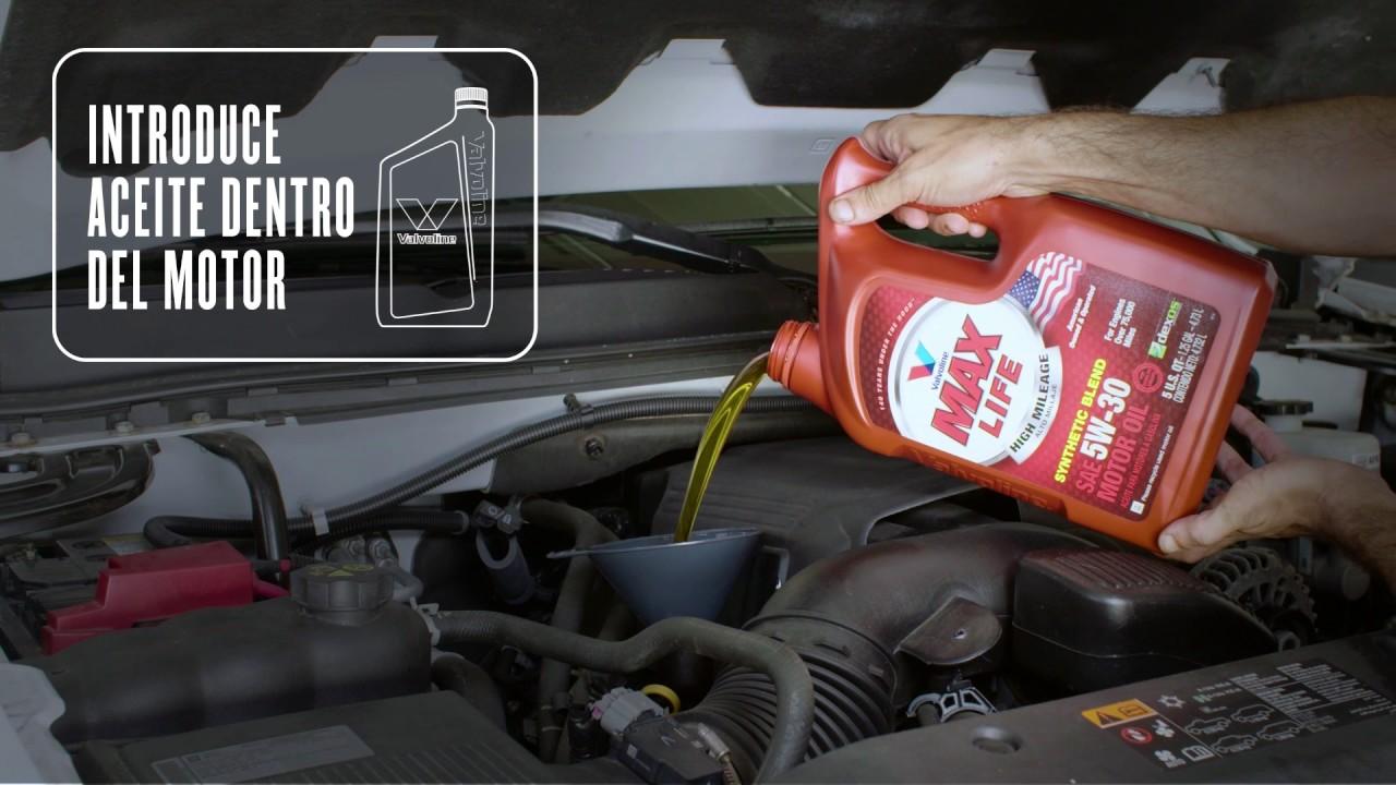 Cómo cambiar el aceite de un Chevrolet Silverado - YouTube