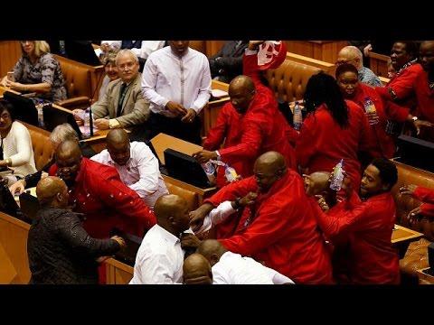 """Résultat de recherche d'images pour """"session, parlement sud africain, Afrique du Sud, 2016, 2017"""""""