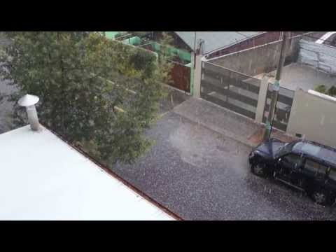 Abnormal Weather: Hail in Quito