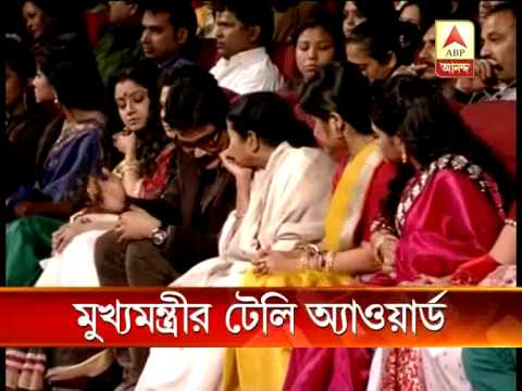 Tele Samman Award given to serial artists by Govt