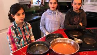 The Cooking Show - with Laurie, Sara Maude & Rosalie
