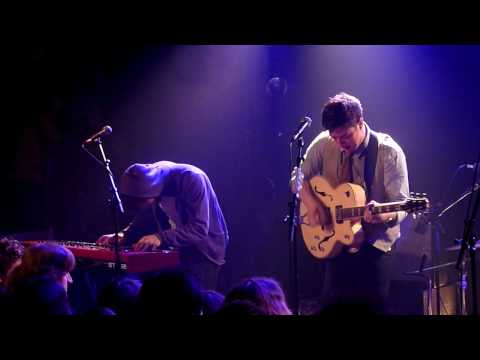 Mumford and Sons Thistle and Weeds live  @ la Maroquinerie
