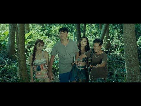 4名小伙伴出海遇鲨鱼,结果沦落到无人荒岛,一部冒险电影!