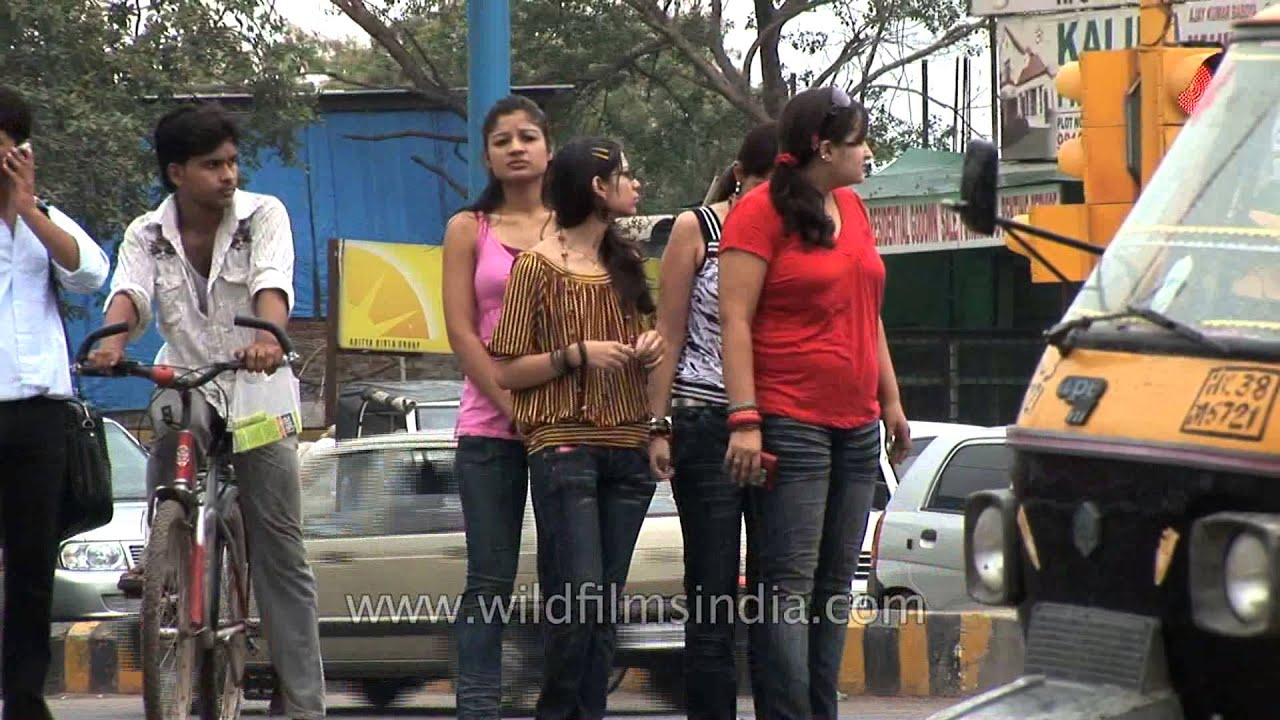 Beautiful bangalore girl in pink panty - 1 part 4