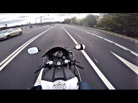 Неадекватная езда по городу на мото (без монтажа) 4K || Inadequate riding on moto - видео онлайн