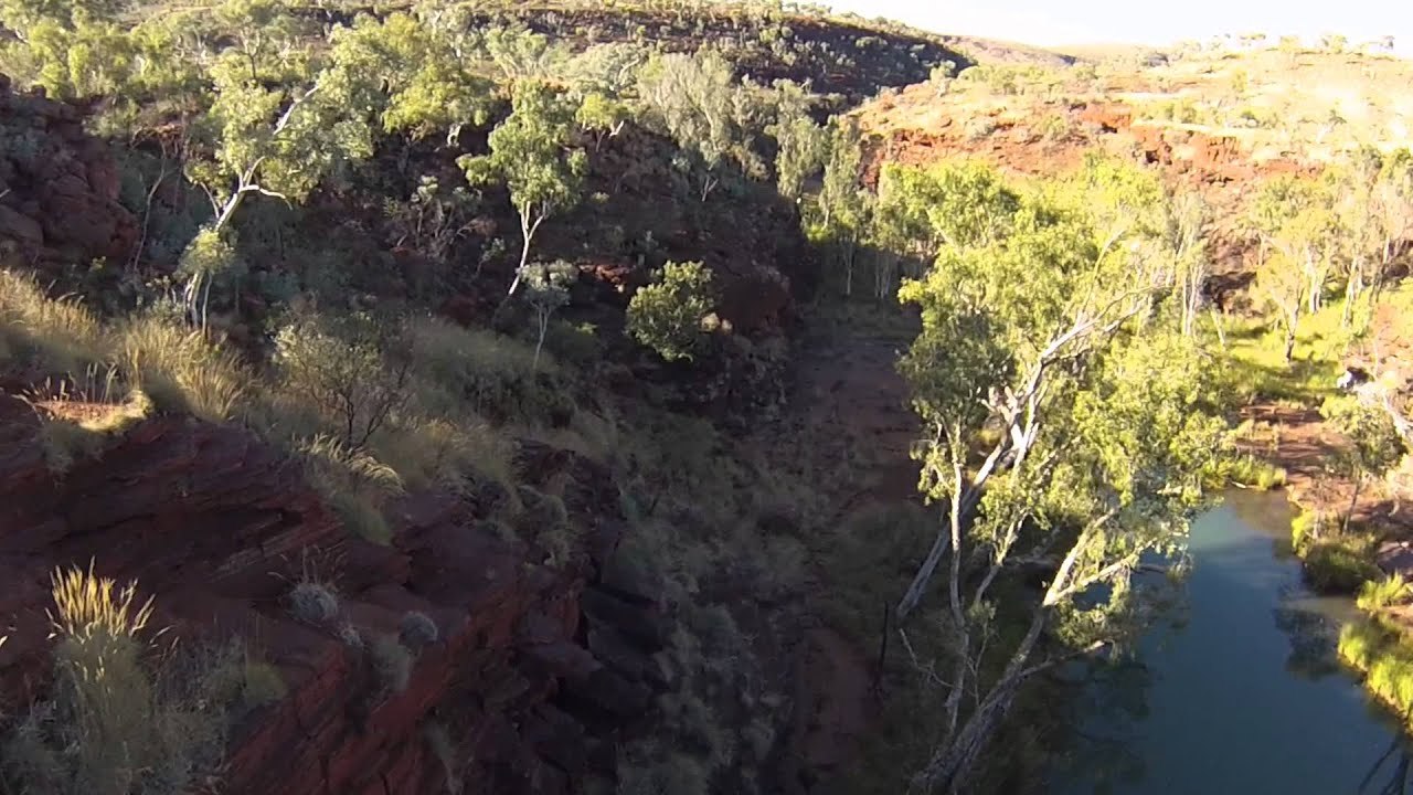 Perth to Broome - YouTube
