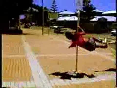 Circus Oz - Pole - Video Clip Mp3