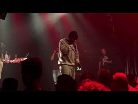 Obie Trice - Cry Now + Making Funny Jokes (Live @ Melkweg Amsterdam) (13-10-2016)
