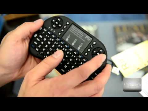 Rii i8+ Mini Bluetooth keyboard / mouse for android smartphones, smart TV's, Windows PC