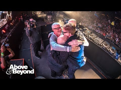 Above & Beyond feat. Richard Bedford - Sun & Moon (ABGT250 Encore) 4K