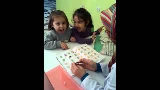 Okulöncesi 3 yaş grubu Kuran harflerini öğreniyor. 2017 Video