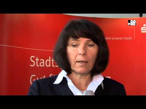 Bilanz Pressekonferenz – März 2015: Stadtsparkasse München  Interview Marlies Mirbeth