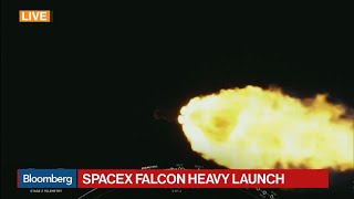 SpaceX Launches Falcon Heavy Rocket From Florida