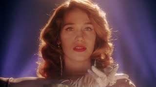 Lola Kirke - Omens (Official Video)