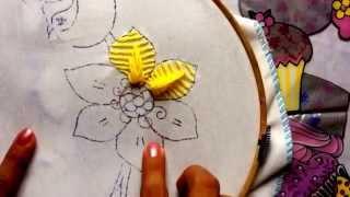 Bordado fantasia para pétalas de flores
