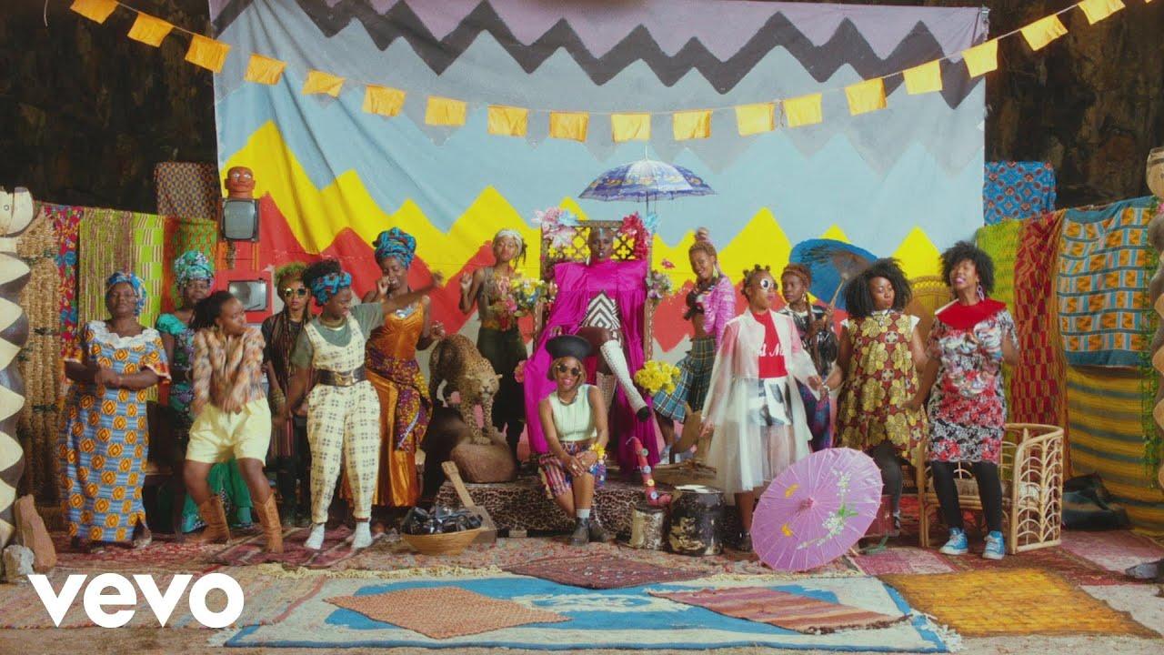 laura@nubiles.net 7 Laura Mvula - Phenomenal Woman (Official Video)