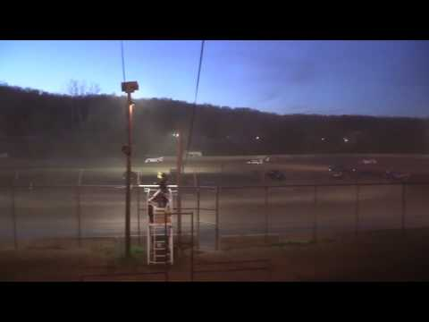 Legendary Hilltop Speedway AMRA Late Model Feature 4-8-17
