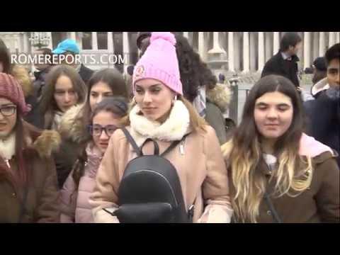 Ven al Papa durante su viaje de estudios a Roma