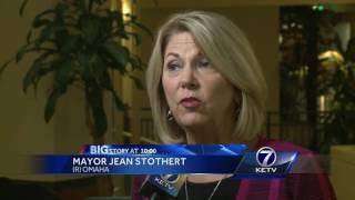 Budget surplus sparks mayoral debate