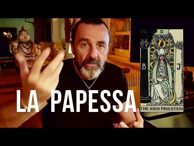 2/ La Papessa: il femminino sacro