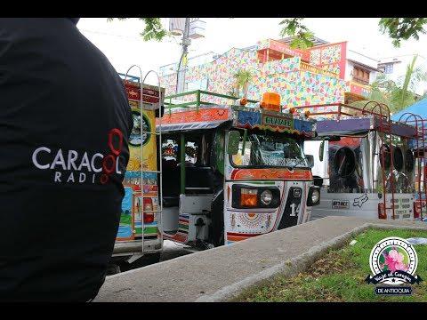 En Guatapé, con las motochivas, rescataron los buses escaleras