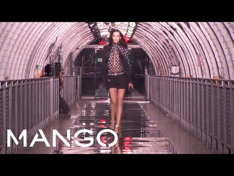 MANGO FW 2011 FASHION SHOW - Paris - Front row and Party