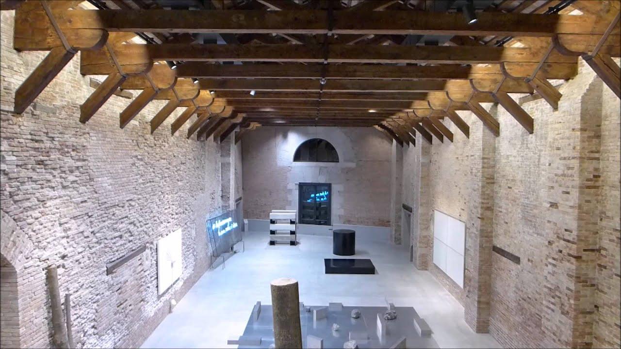 Video landscape punta della dogana youtube for Tadao ando venezia