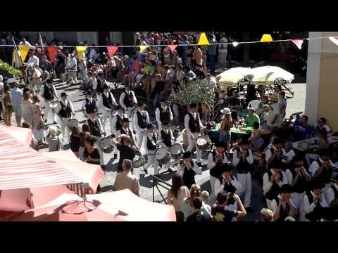 Les fifres et tambours  de Signes à Gemenos