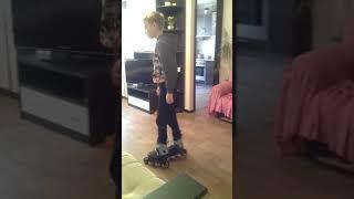Видео урок катание на роликах. Упражнение фонарик
