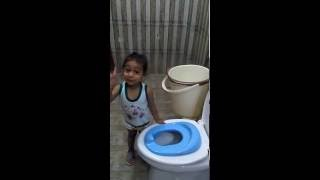 Toddler potty training conversation wid father