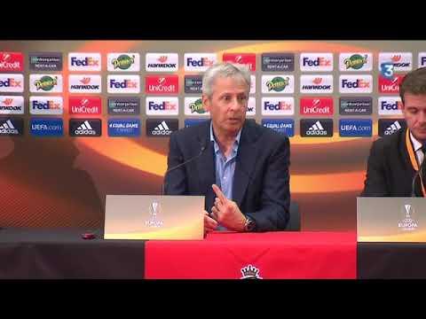 Lucien Favre en conférence de presse après le match contre le Vitesse Arhnem