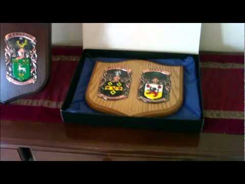 family-crest-coat-of-arms-plaques.flv