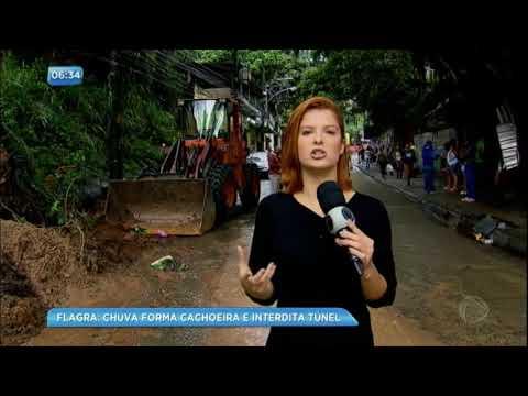 Chuva forma cachoeira e interdita túnel no Rio de Janeiro