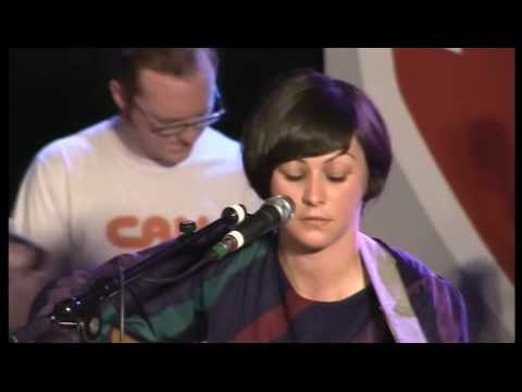 Camera Obscura - 1. Let's Get Out Of This Country (Sessie op Motel Mozaique, 4/14/07)