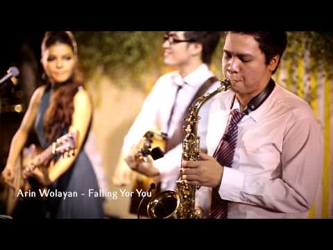 Arin Wolayan - falling for you (cover live)