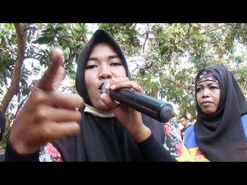 POLISI  Singa Dangdut PUTRI GENADES 2017