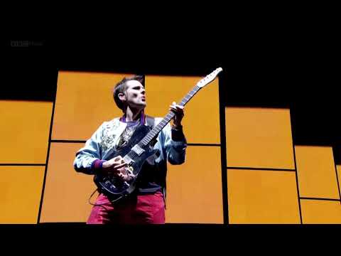 Plug In Baby But Matt Bellamy Refuses To Stop Ascending The Harmonic Minor Scale