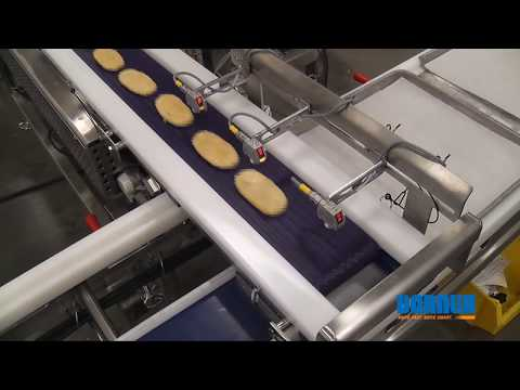 Tray Filling Conveyor with Retractable Tail