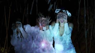"Official music video for ""Stars"" by Warpaint, taken from the Exquis..."